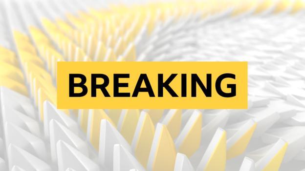 Aaron Ramsey: Arsenal midfielder signs £400k-a-week deal to join Juventus