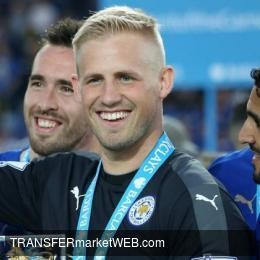 "LEICESTER CITY goalie SCHMEICHEL's star father: ""He's leaving next summer"""