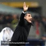 OFFICIAL - Barcelona FC sign first-team boss VALVERDE on deal extension