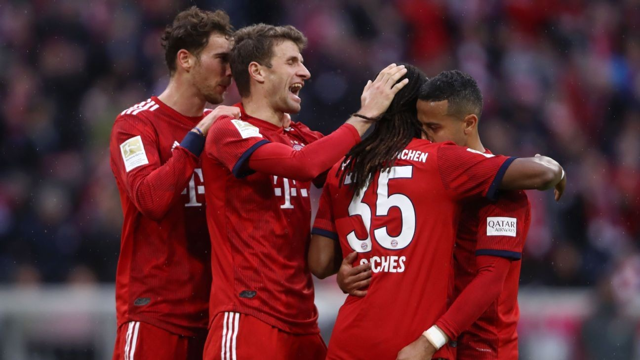 Bayern crush Wolfsburg 6-0 to take over Bundesliga lead