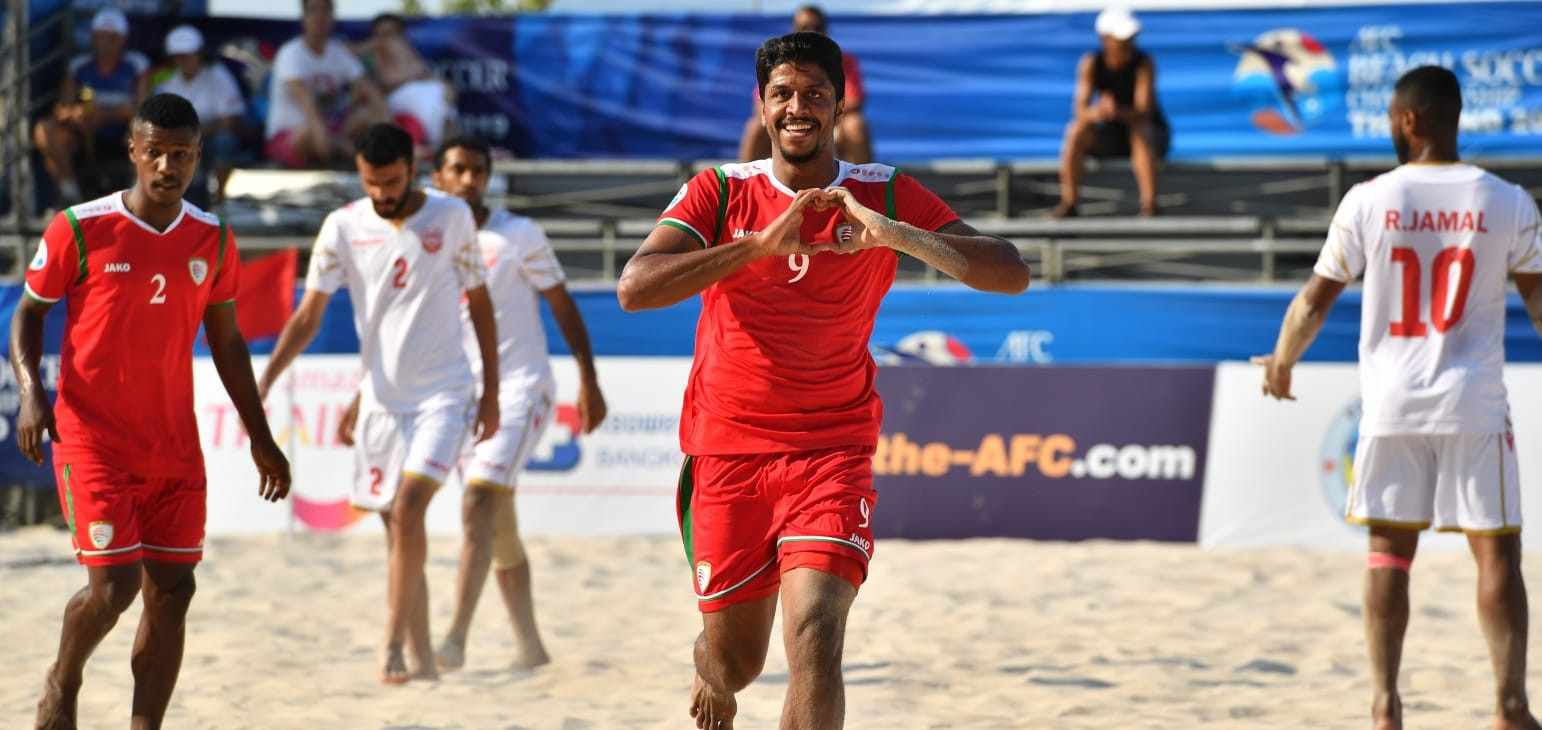 Oman edge Bahrain to seal last four spot