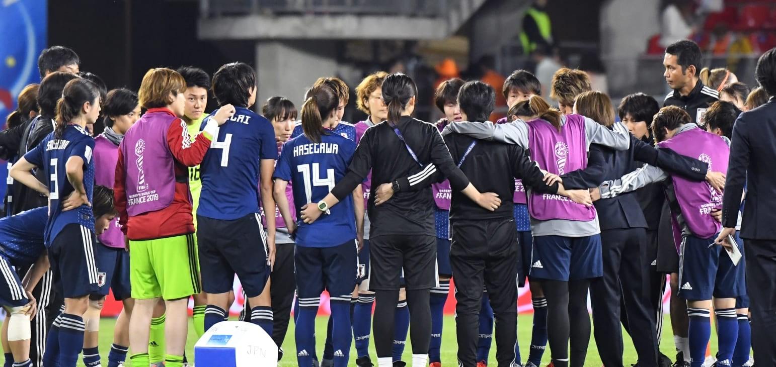 Takakura senses growth despite painful defeat