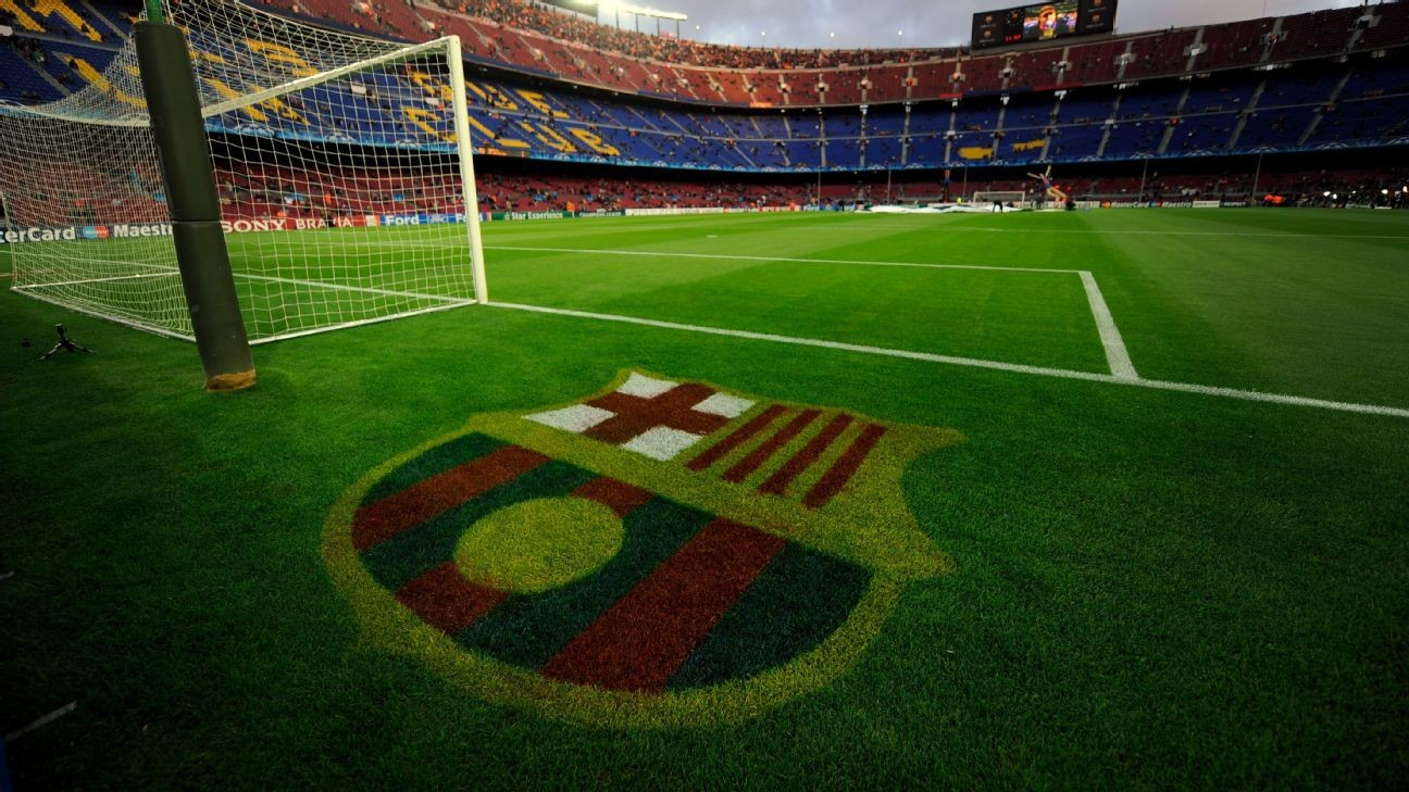 Barcelona beat United, Bayern to wonderkid