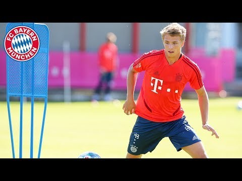 Welcome, Fiete Arp! – His Start at FC Bayern