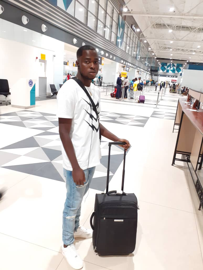 EXCLUSIVE: AshantiGold midfielder Appiah McCarthy arrives in Switzerland ahead of a possible move to FC Chiasso