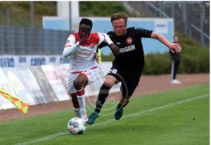 Bernard Tekpetey scores on his debut for Fortuna Düsseldorf