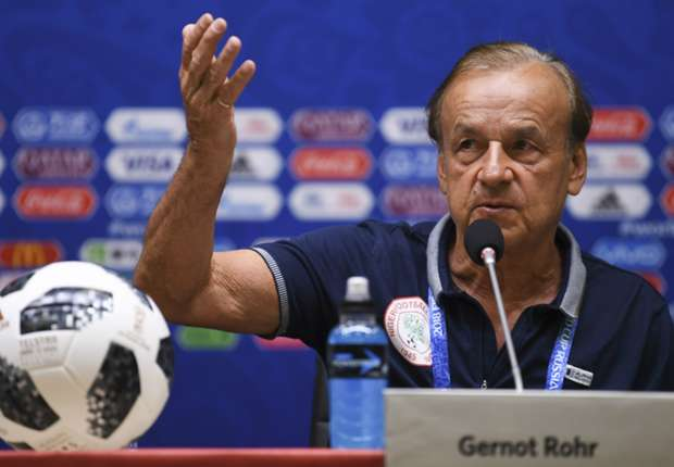 Gernot Rohr signs contract extension with Nigeria