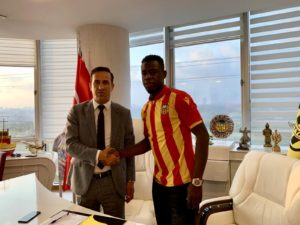 Afriyie Acquah joins Yeni Malatyapsor until 2021 [PHOTOS]