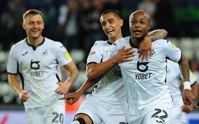 VIDEO: Ayew nets brace to help Swansea progress in Carabao Cup