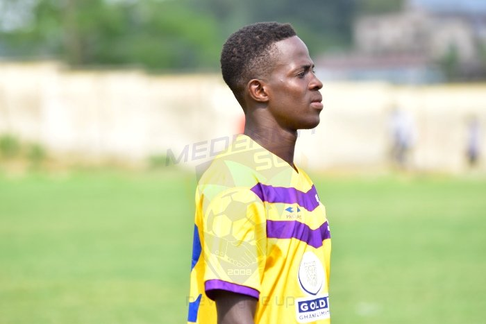 Defender Gideon Acquah signs two-year contract extension with Medeama
