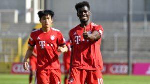 Kwasi Okyere Wriedt scores to help Bayern Munich II beat Hallescher FC 2-1