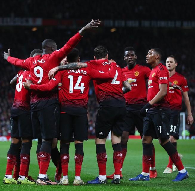 Lukaku wishes United well on Twitter.