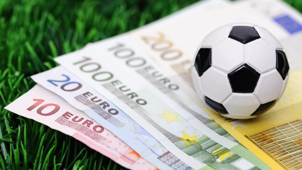 5 Best Football Betting Strategies