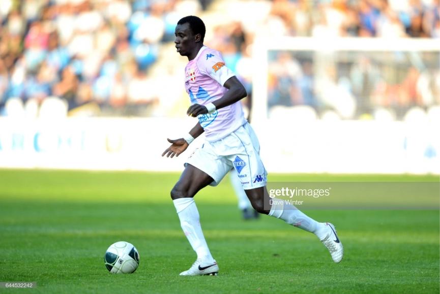 Ghana midfielder Rabiu Mohammed's sees red on his debut for Paris FC
