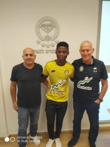 Ghanaian youngster Kwesi Awuah signs for Israeli outfit Maccabi Netanya