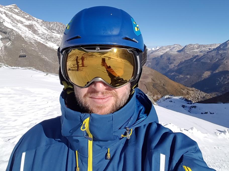 The Head-to-Toe Rundown of a Proper Ski Attire