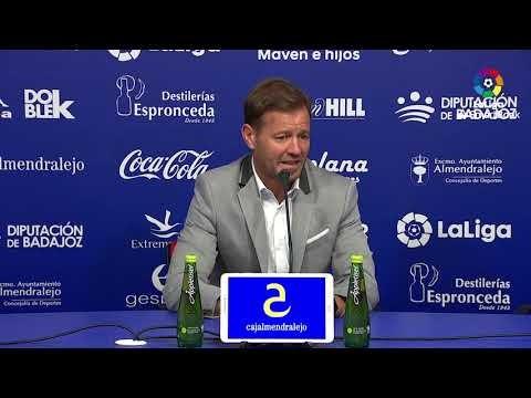 Rueda de prensa de  Manuel Mosquera tras el Extremadura UD vs SD Ponferradina (1-1)
