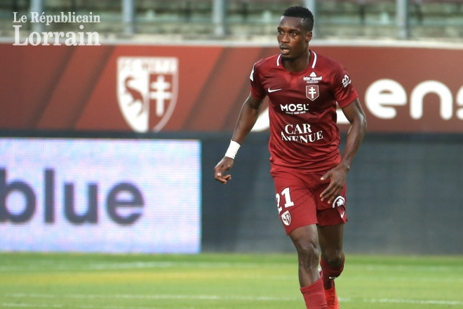 Blow for FC Metz as Ghanaian defender John Boye suffers injury