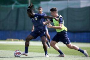 Portuguese club Famalicão signs former WAFA midfielder Lawrence Ofori