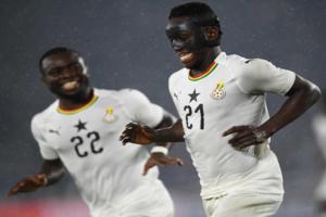 Emmanuel Boateng arrives in Ghana ahead of Black Stars qualifiers