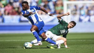 EXCLUSIVE: Alavés midfielder Mubarak Wakaso picks up an injury ahead of 2021 Afcon qualifiers