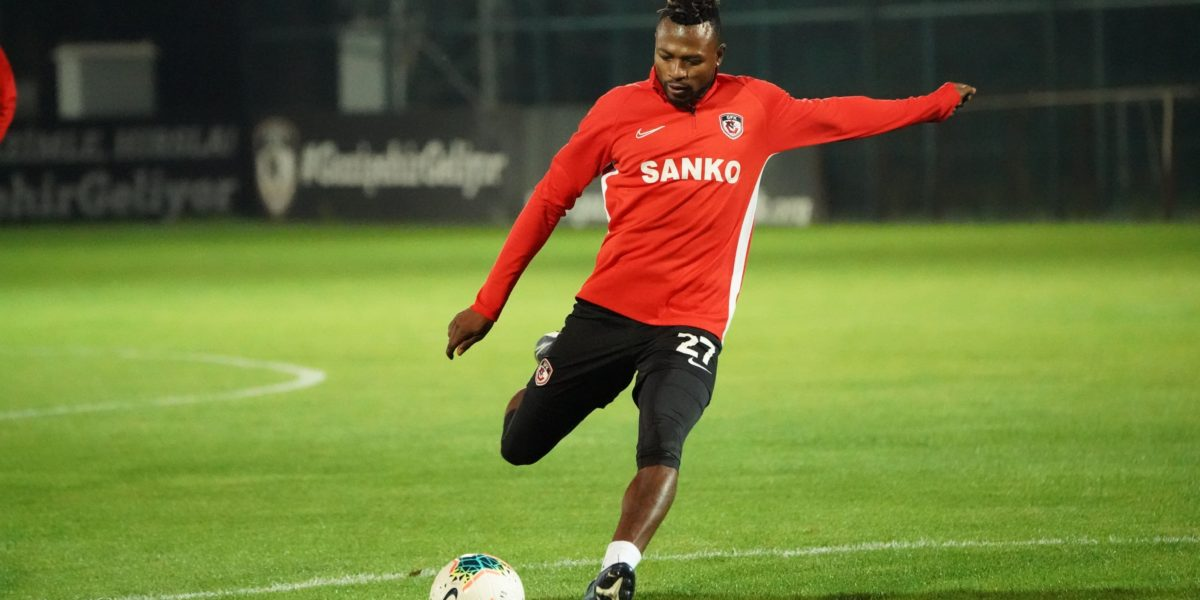 Patrick Twumasi to join Alaves preseason on a scheduled date