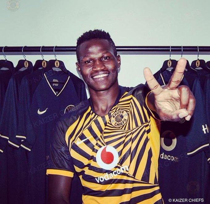 Kaizer Chiefs sign Anthony Akumu after terminating contract of Ghanaian midfielder James Kotei