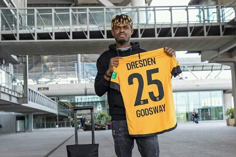 OFFICIAL: Ghanaian winger Godsway Donyoh completes transfer to Dynamo Dresden