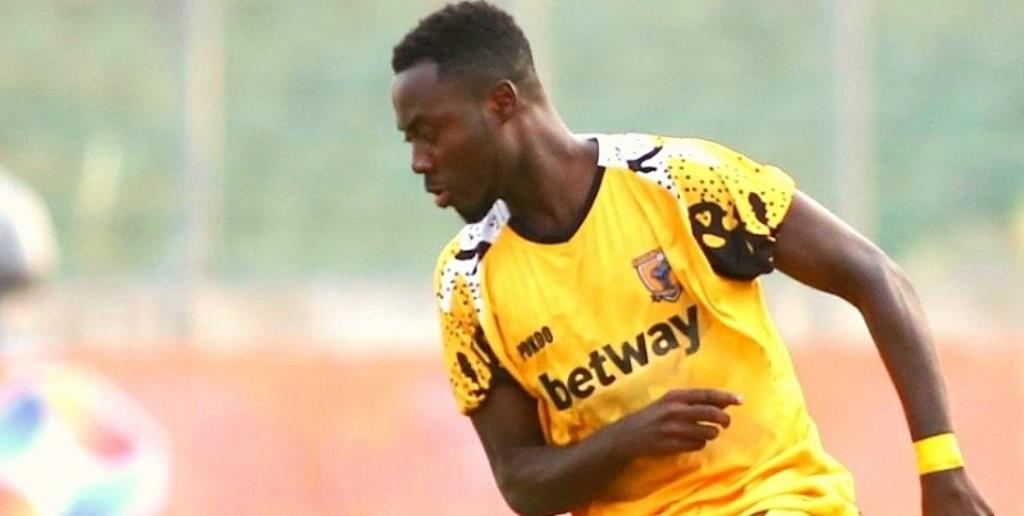 Convid-19: There is more to life than football – Ashantigold defender Eric Donkor