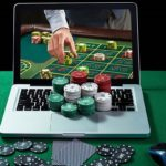 What are the significant differences between online casinos and live casinos?