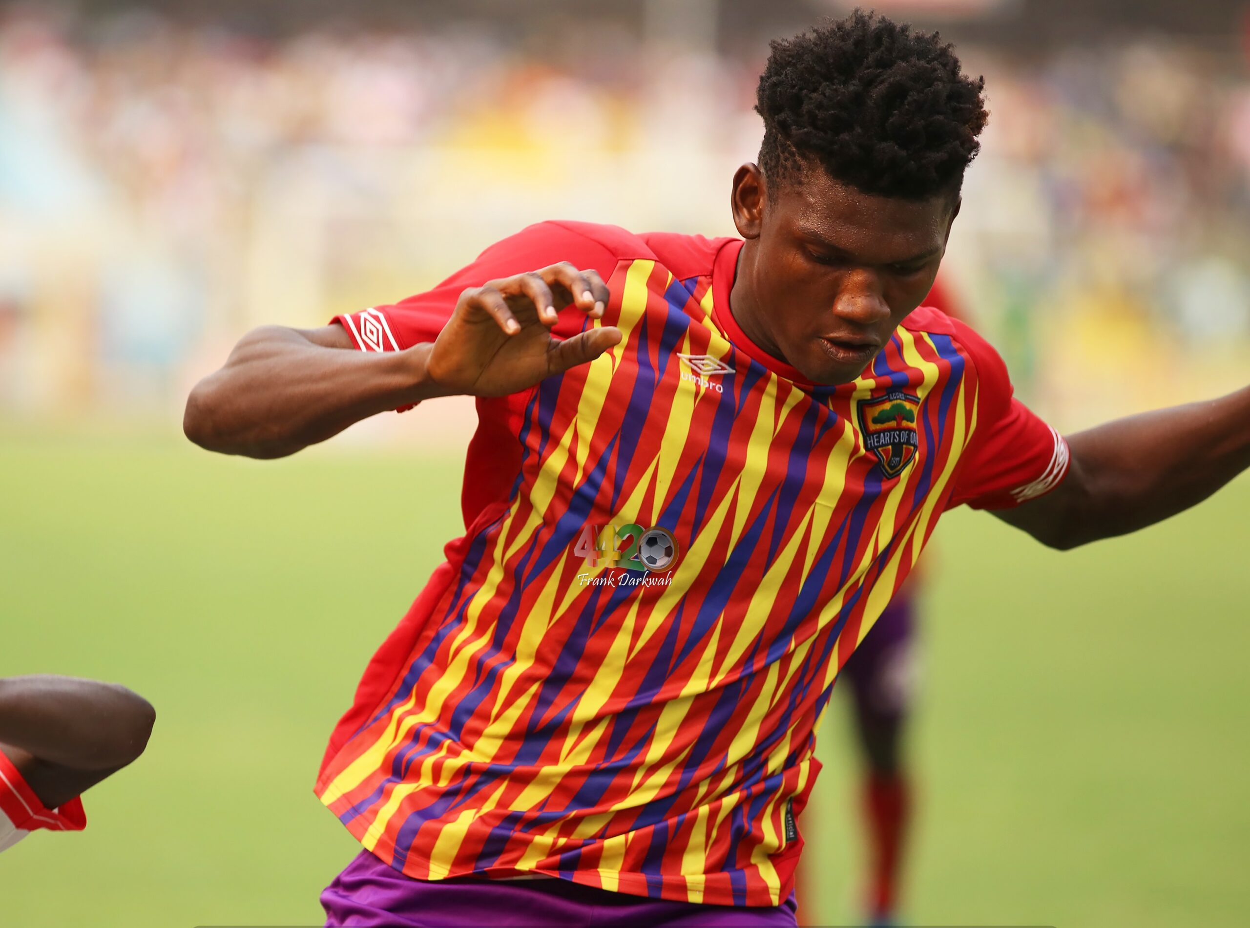 TP Mazembe eye move for Hearts of Oak defender Raddy Ovouka