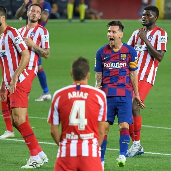 Messi scores No. 700 but Barca drop more points