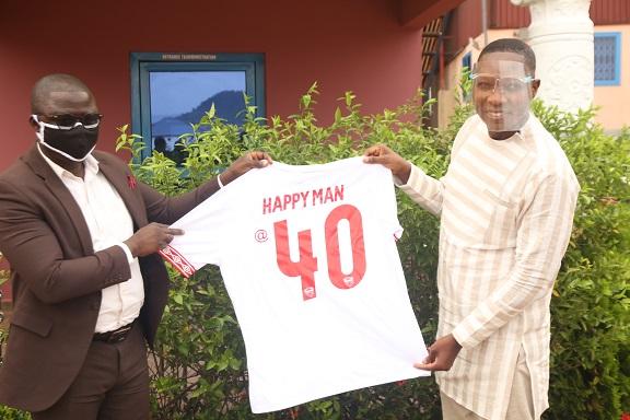 Producer of Happy Man Bitters receives Hearts of Oak jersey