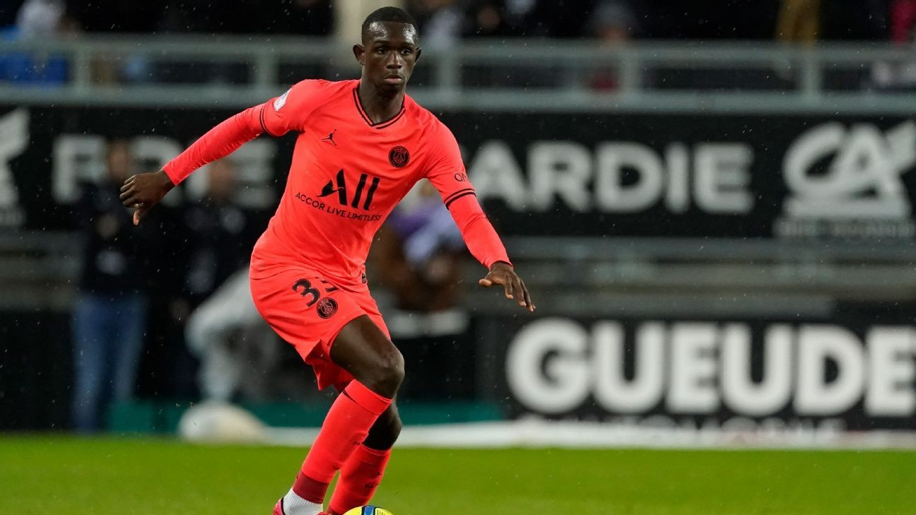 Bayern sign teen star Kouassi from PSG