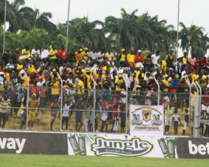 Ashanti Gold fans charge management to recruit foreign players for CAF Confederations Cup