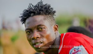 Asante Kotoko cool interest in Justice Blay