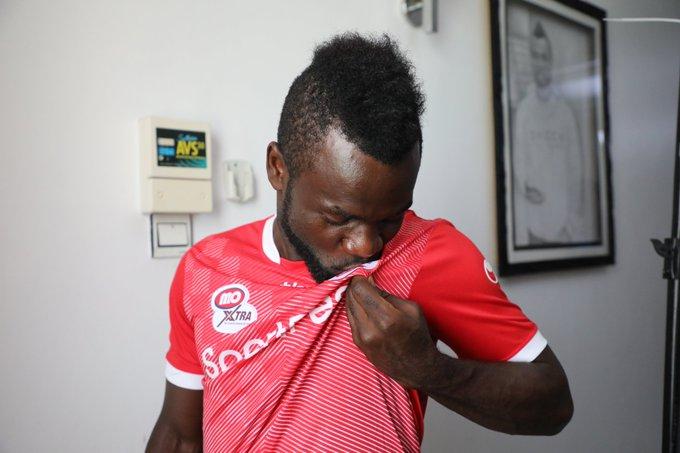 Simba SC take sly dig at rivals Yanga SC after Bernard Morrison transfer