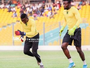Joe Carr urges coach Mariano Barreto to define who is first choice goalkeeper at Asante Kotoko