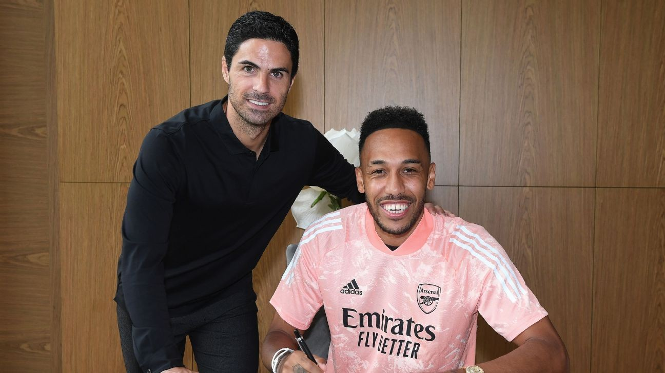 Arsenal's new deal for Pierre-Emerick Aubameyang lights up Twitter