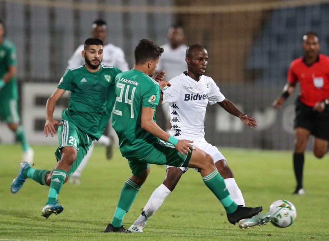 Football in Libya: War threatens clubs