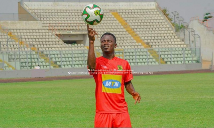 It's not true Kotoko has sacked Sam Adams – Manager Amoako Boateng rubbish report