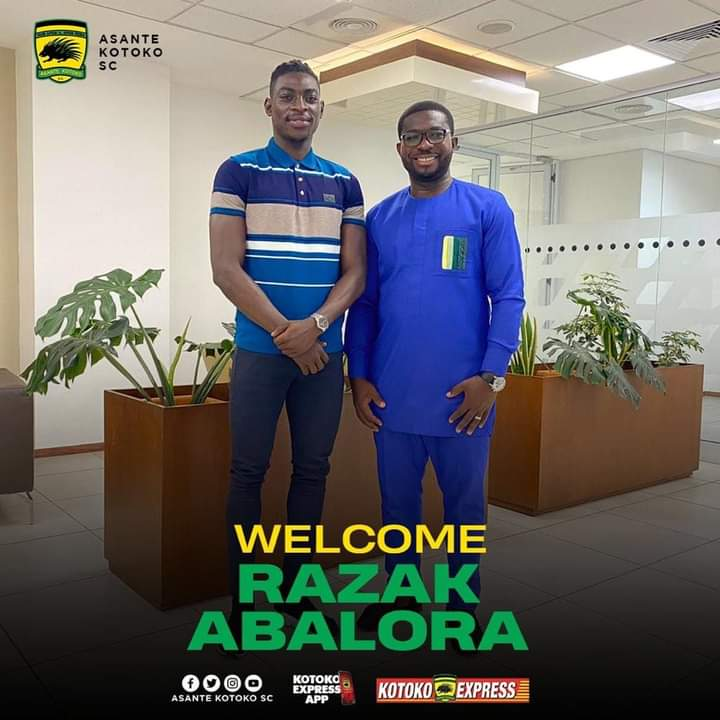 Official: Asante Kotoko sign goalkeeper Razak Abalora on a three year deal