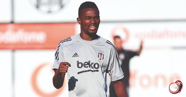 Turkey: Bernard Mensah brace sends Besiktas top