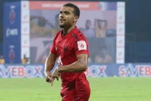 Kwesi Appiah scores in NorthEast United's draw with Kerala Blasters