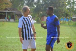 Legon Cities coach is not perfect- Asamoah Gyan
