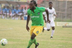 Striker Yahaya Mohammed starts for Aduana Stars in Hearts of Oak game