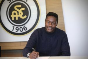 Ghanaian forward Emmanuel Gyasi elated to extend his Spezia contract