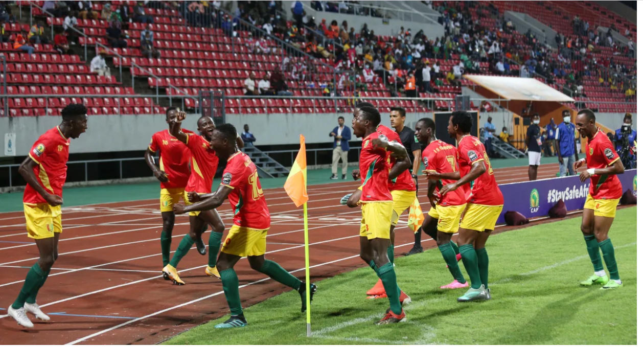 CHAN 2020: Three-star Guinea maul Namibia for perfect start
