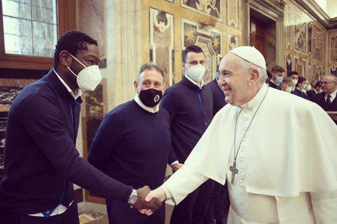 Ghana and Spezia striker Emmanuel Gyasi meets Pope Francis