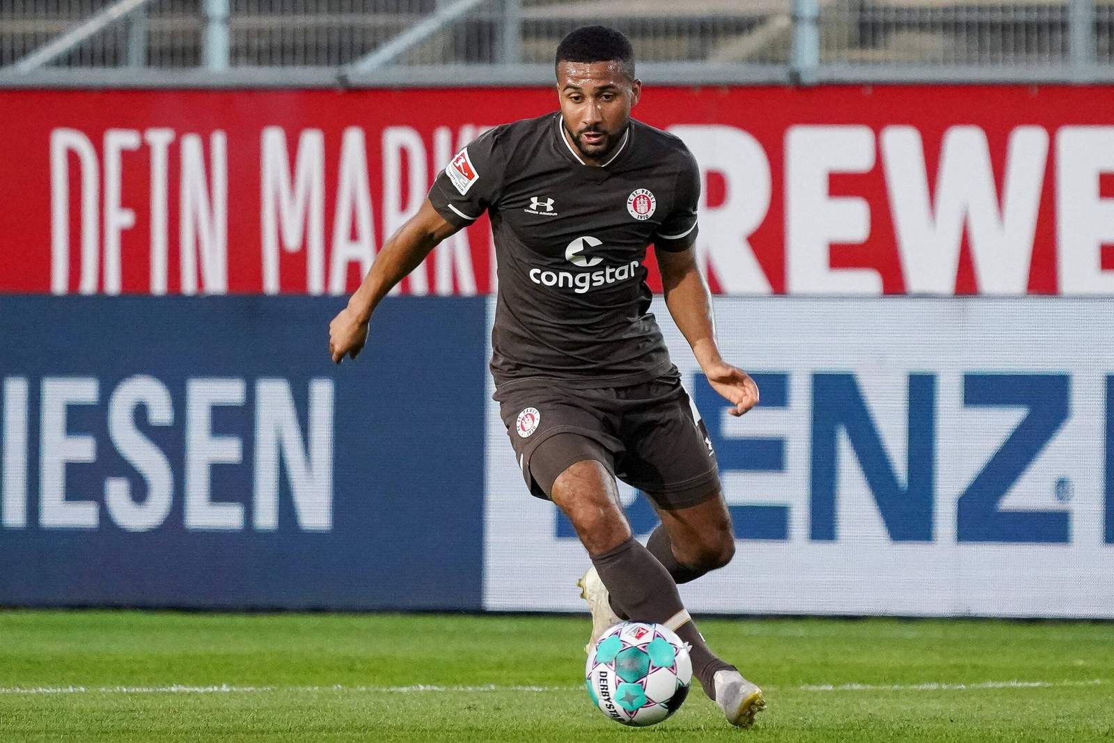 Daniel Kyereh scores for FC St Pauli against Wurzburger Kickers
